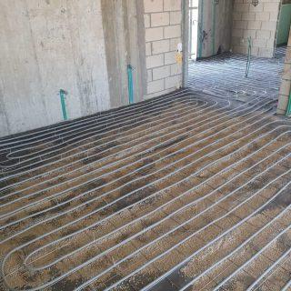 מערכת חימום תת רצפתי על שטח של 300 מ
