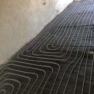 מערכת חימום תת רצפתי על שטח של 200 מ