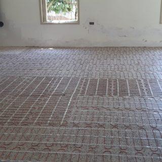 התקנת חימום תת רצפתי על בסיס חשמל ברשפון