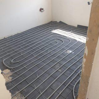 התקנת חימום תת רצפתי על בסיס מים בכרמיאל